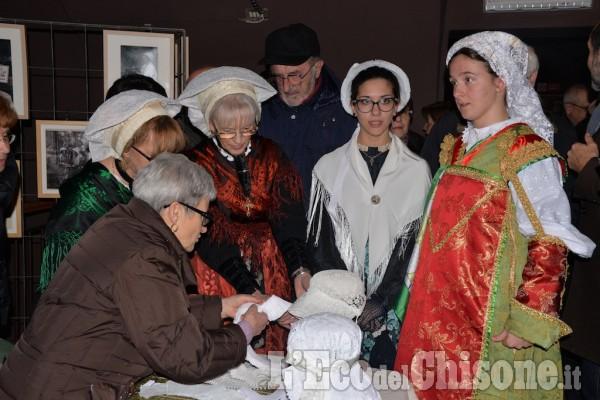 Pinerolo :  Mostra Abiti e Costumi nelle Valli Valdesi