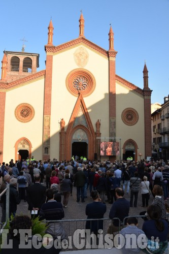 Pinerolo abbraccia il nuovo vescovo Mons. Olivero