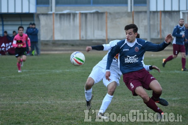 Calcio Prima categoria: pari a Pinasca