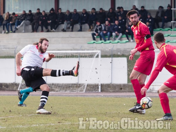 Calcio: Villafranca supera Infernotto a Barge, play-out più lontani