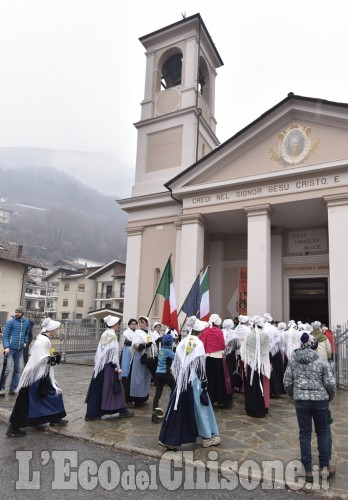 Festa dei valdesi, il corteo in Val Chisone