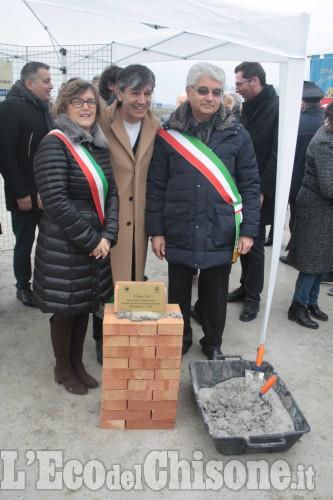 Posa della prima pietra alla scuola elementare intercomunale a Faule-Polonghera.