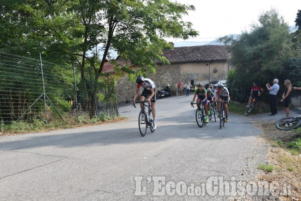 Frossasco, grande giornata di ciclismo pinerolese con Dalle Mura al Muro