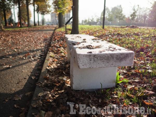 Panchina Rotonda : Larte ogni giorno: la tavola rotonda nata dalla panchina dartista