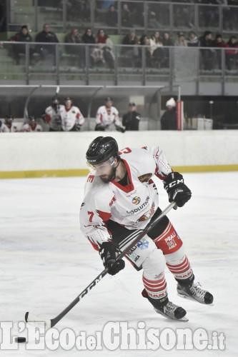 Playoff: esordio col botto dentro e fuori la patinoire