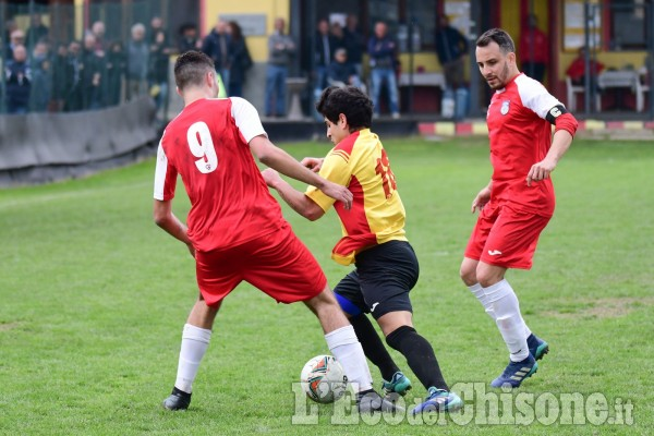 Calcio Promozione: termina senza gol la sfida tra Cavour e PiscineseRiva.