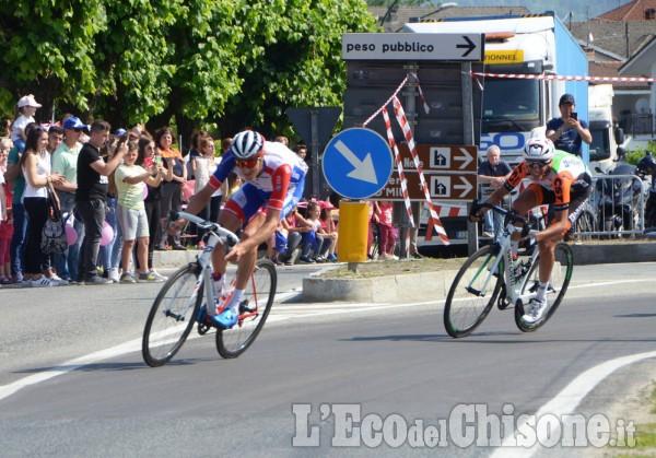 Il passaggio del Giro d'Italia a Bagnolo (tappa Cuneo-Pinerolo)