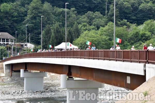 Torre Pellice: taglio del nasto al nuovo ponte Bertenga