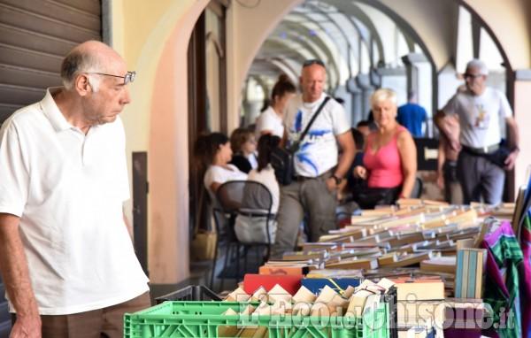 Pinerolo, Carta e vinile al mercatino