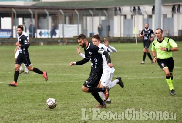 Calcio: Derthona beffa Pinerolo nel recupero in un match spettacolare