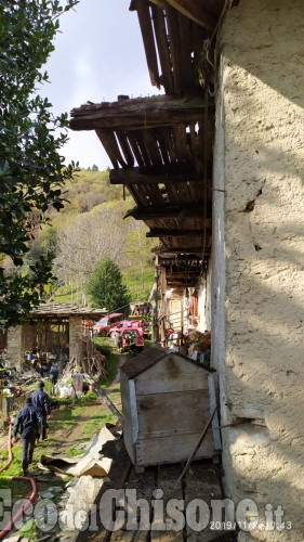 Angrogna, incendio in Borgata Pons