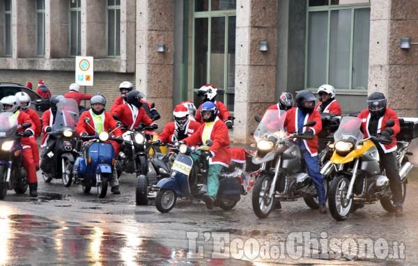 Pinerolo: Babbi Natale in moto