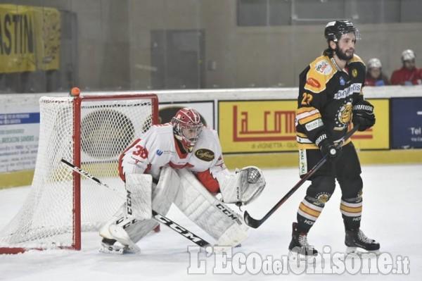 """Hockey ghiaccio, al """"Cotta MorandinI"""" torresi di scena contro Varese"""