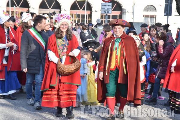 Pinerolo il carnevale è partito