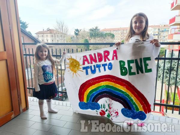 1 - Diamo colore alla speranza:  le foto dei nostri piccoli e grandi lettori.