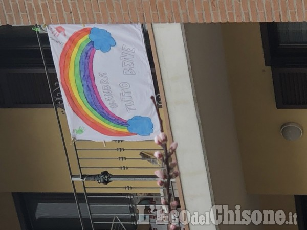 2 - Diamo colore alla speranza: le foto dei nostri piccoli e grandi lettori