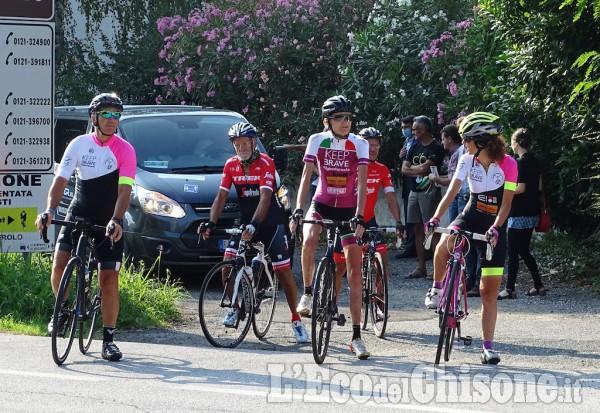 Paola Gianotti a Pinerolo, automobilisti rispettate i ciclisti