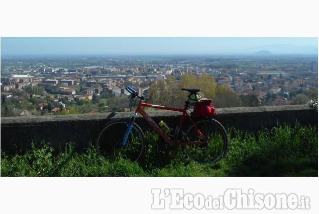 Scarpinando zaino in spalla: autunno in bicicletta