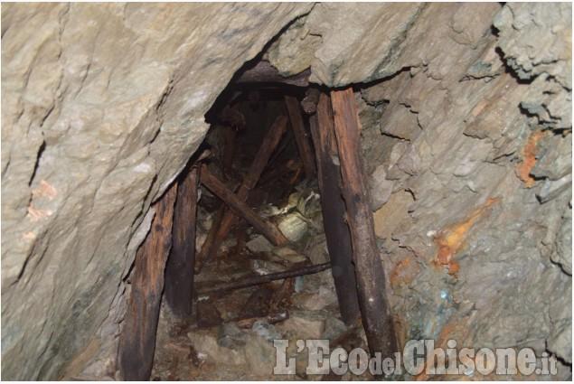 Scarpinando zaino in spalla: larici, caprioli e miniere abbandonate