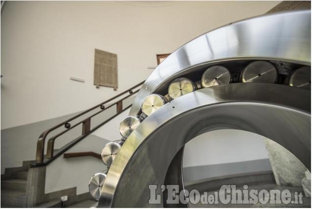 """""""Il paese inventato"""". Dietro le quinte della tavola rotonda di L'EM al Museo del Cuscinetto di Villar Perosa"""