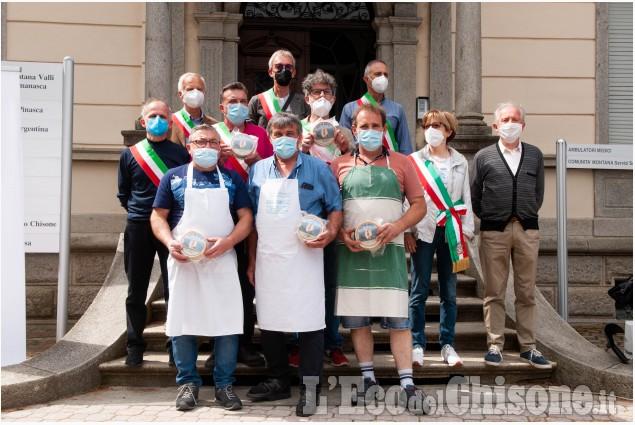Perosa Argentina: presentato il Formaggio del Dahu