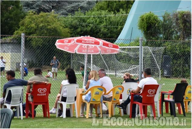 """Calcio: torneo """"Stars al Barbieri"""", si torna in campo"""