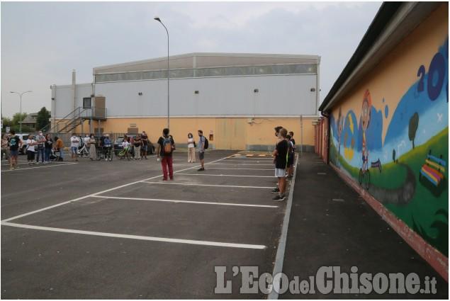 We are None: presentazione dei progetti estivi e inaugurazione nuova veste delle via davanti alle scuole