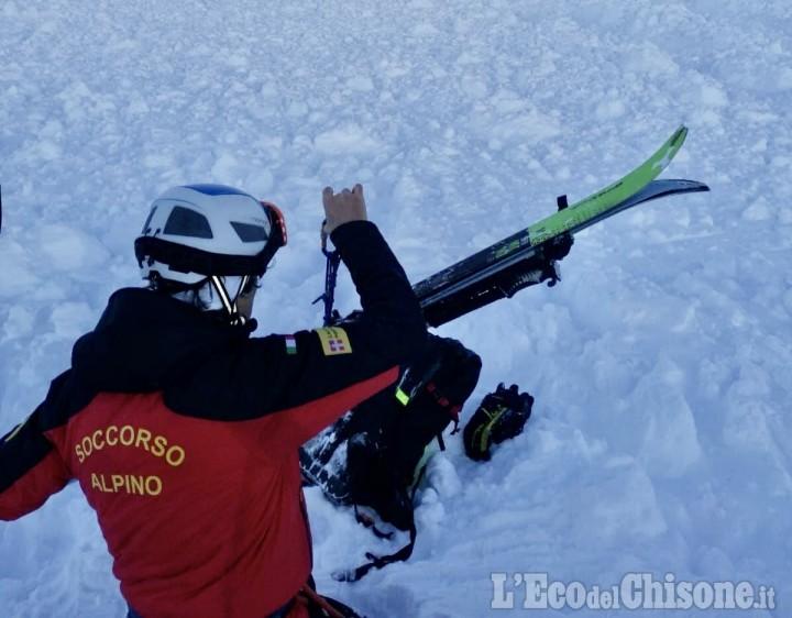 Giaveno: stroncato da un malore, scialpinista 37enne muore all'Alpe Colombino