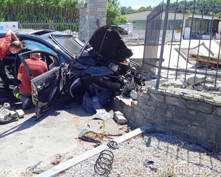 Bagnolo: schianto tra auto, morta una 25enne, ferito un altro giovane