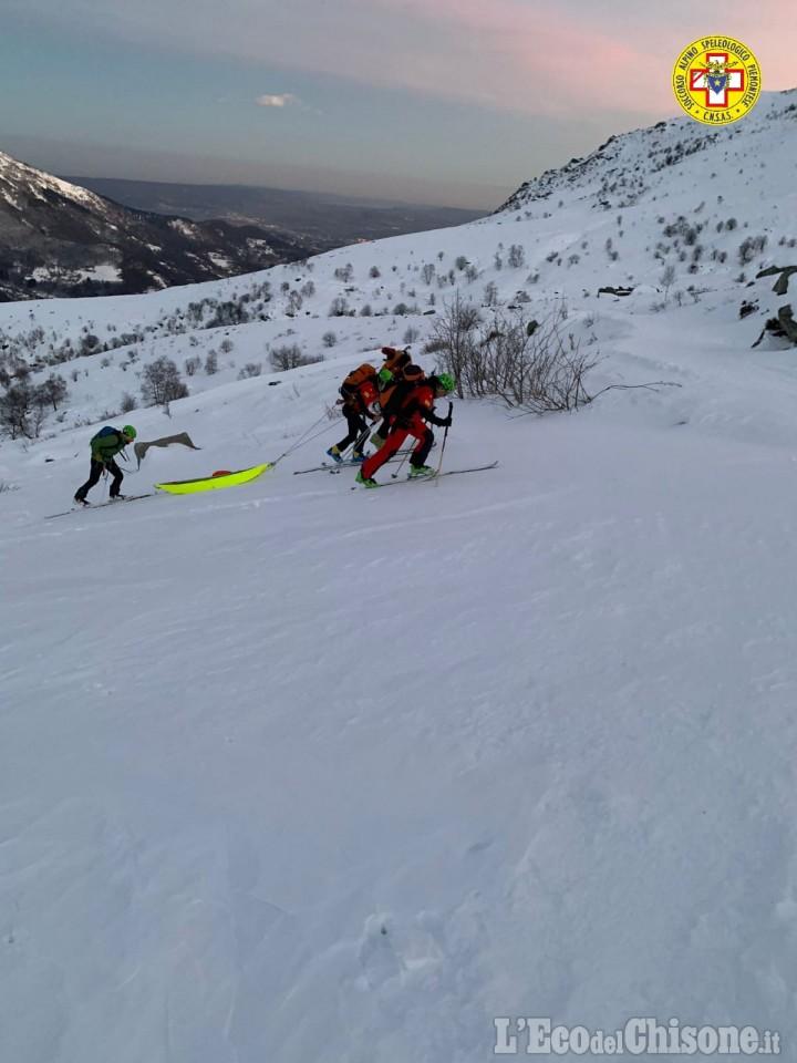 Sestriere: scialpinista ferito al passo del san Giacomo, Soccorso Alpino in azione
