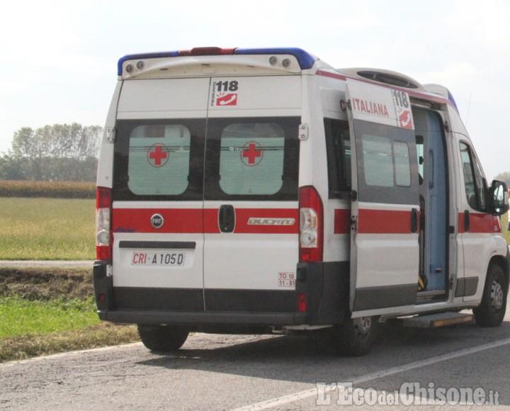 Airasca: travolto da un trattore in via Nino Costa, biker ferito