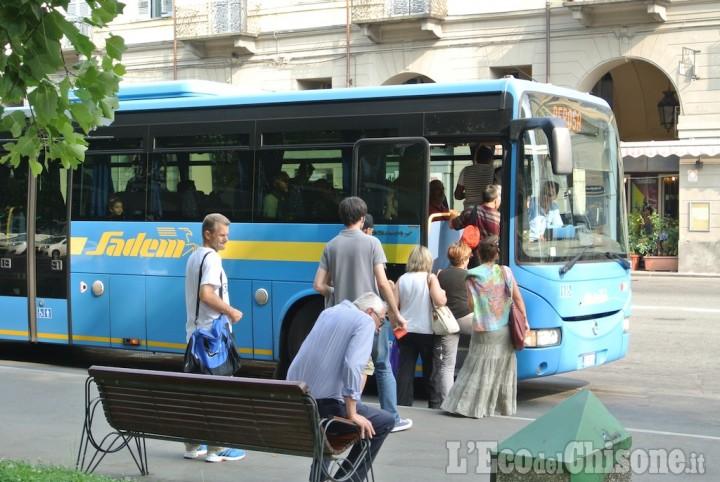 I Pendolari autobus si uniscono in comitato: «Ecco cosa chiediamo»