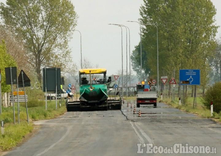 Castagnole: asfalto sulla Sp141 per il Giro d'Italia