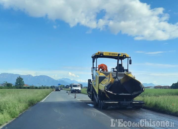 Cavour: l'ANAS sta asfaltando, lunghe code sulla statale 589