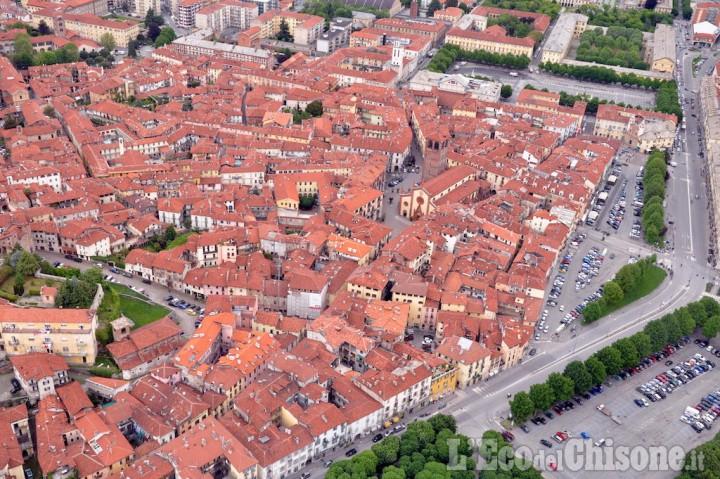 Pinerolo: dal 26 aprile ZTL ampliata alle vie Silvio Pellico e Duca degli Abruzzi