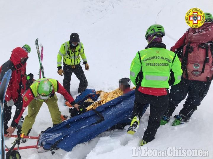 Sestriere: recuperato dal Soccorso alpino lo sciatore ferito nel Vallone del Chisonetto