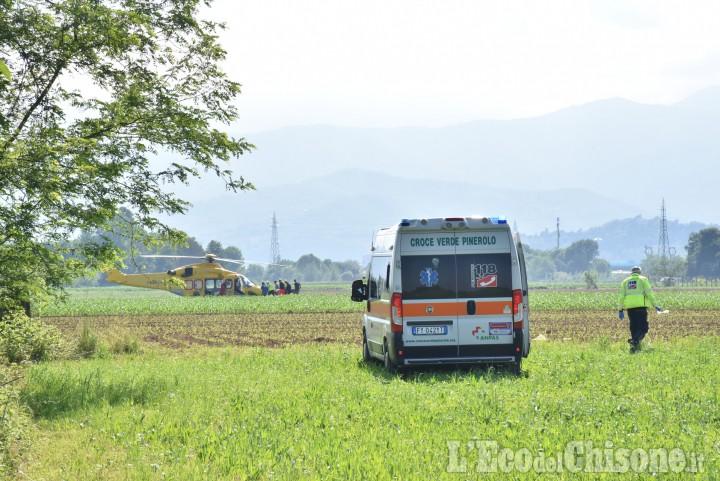 Riva di Pinerolo. travolto da una mucca, agricoltore ferito in modo grave
