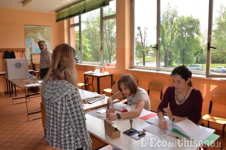 Pinerolo: Pd e M5S verso il ballottaggio, qualche difficoltà nel voto disgiunto