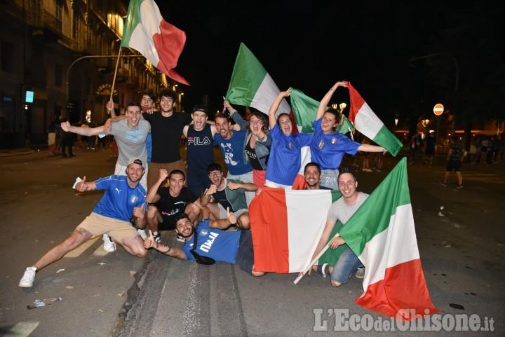 Pinerolo: Italia sul tetto d'Europa, scoppiano i festeggiamenti