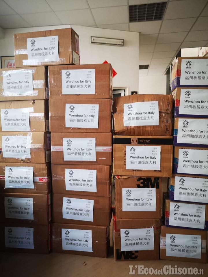 La comunità cinese dona al Piemonte grande quantità di materiale di protezione dal coronavirus