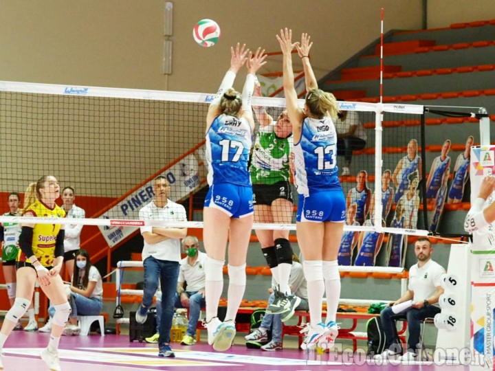 Volley serie A2, il primo atto della finale premia le marchigiane a Pinerolo:1-3