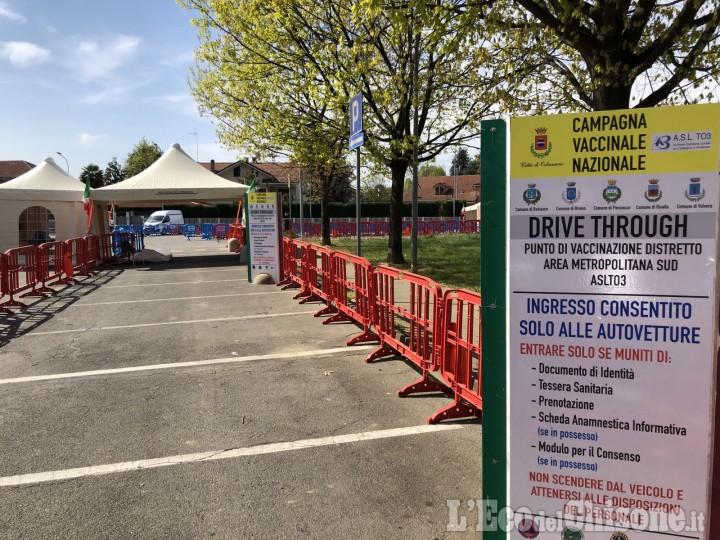 """Vaccini anti-Covid senza scendere dall'auto, domani a Orbassano apre il """"Drive through"""""""
