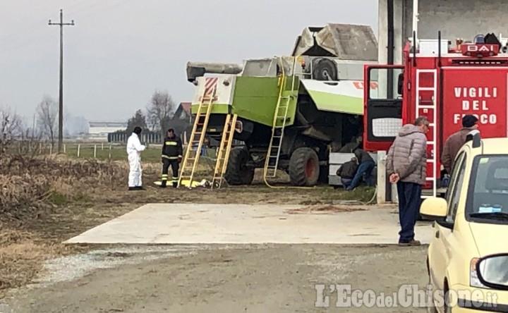 Lutto cittadino a Virle e Pancalieri per i funerali dell'agricoltore morto nella mietitrebbia