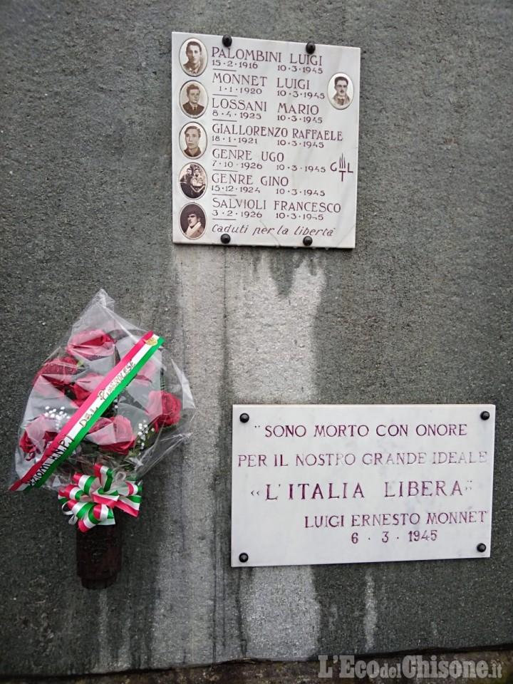 Pinerolo: un mazzo di fiori per i sette partigiani uccisi nel 1945 a Ponte Chisone
