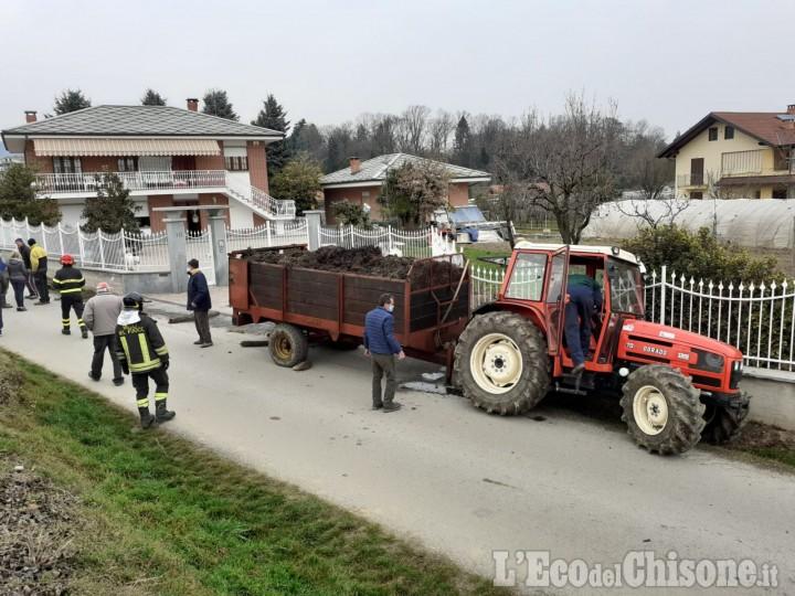 Bibiana: perde il controllo del trattore per un malore e sradica una recinzione