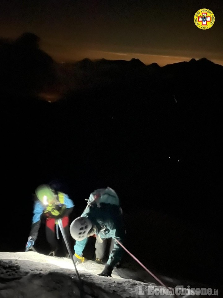 Alpinisti in difficoltà recuperati nella notte dal Soccorso alpino a Balme
