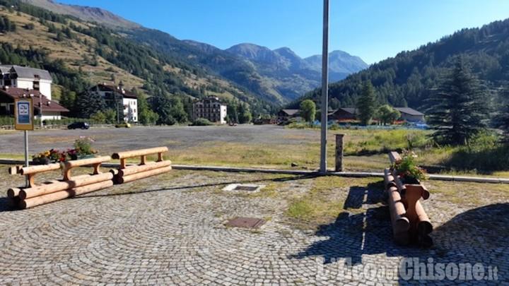 Pragelato, completato il carico/scarico per i camper nella piazza del mercato