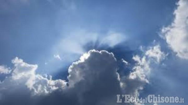 Previsioni 14-16 maggio: dai temporali di venerdì al sole, vento e poco caldo di sabato e domenica