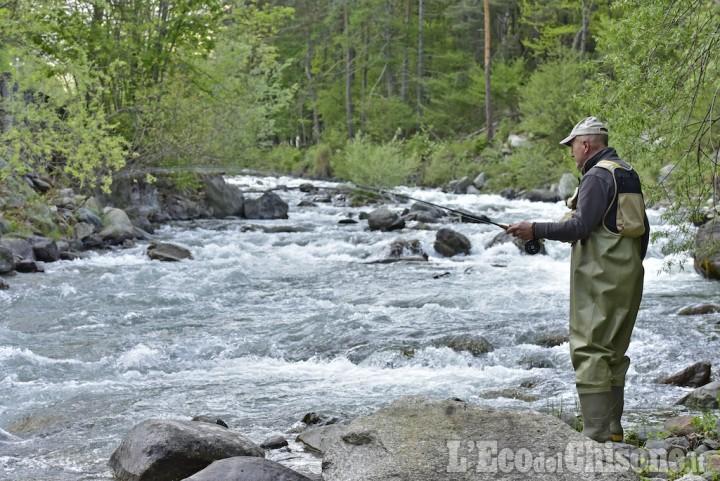 Fase 2, ricomincia la pesca dilettantistica sportiva: tutte le regole per le licenze
