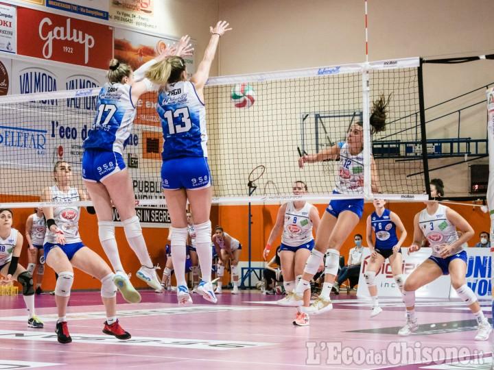 Volley, gara 2 di semifinale a Pinerolo: le biancoblu sfidano Ravenna e cercano la finale